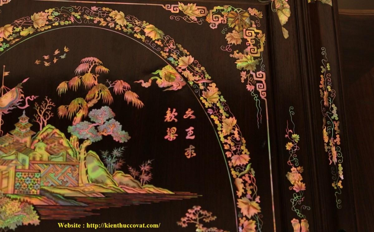 Sự tinh tế , tài hoa của các Nghệ nhân xưa được thể hiện qua nghệ thuật Cẩn Ốc xà Cừ ( Cánh tủ chè của mình )