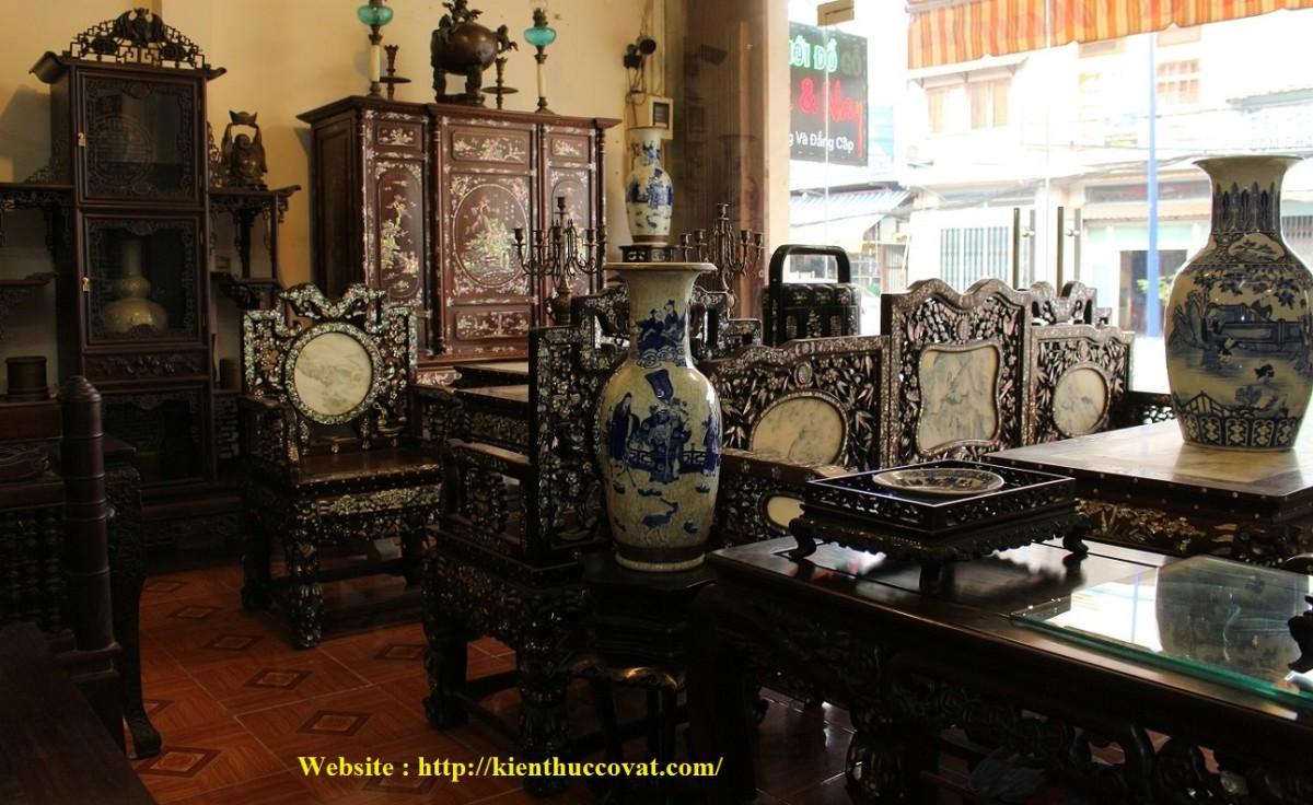 Một không gian sưu tầm tuyệt vời với những món đồ gỗ xưa , đồ gỗ tái già .